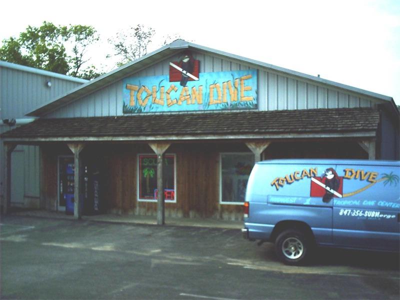 toucan-dive-store-15