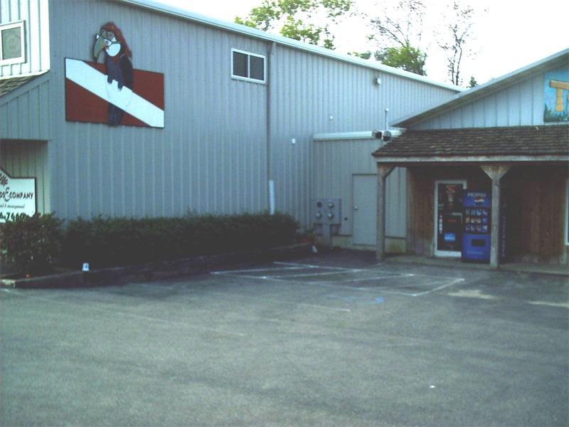 toucan-dive-store-16