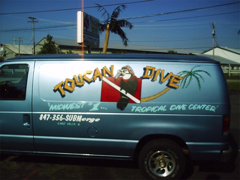 toucan-dive-store-18