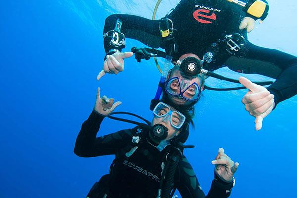 featured-scuba-divers