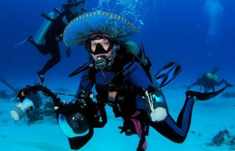 Cozumel-Scuba-Diving-Hatdance