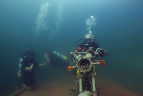 Mermet Springs motorcycle diver